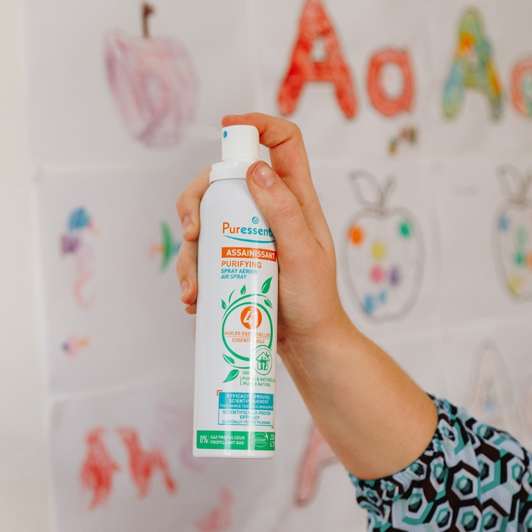 purifying-air-spray-used on fabrics-Image